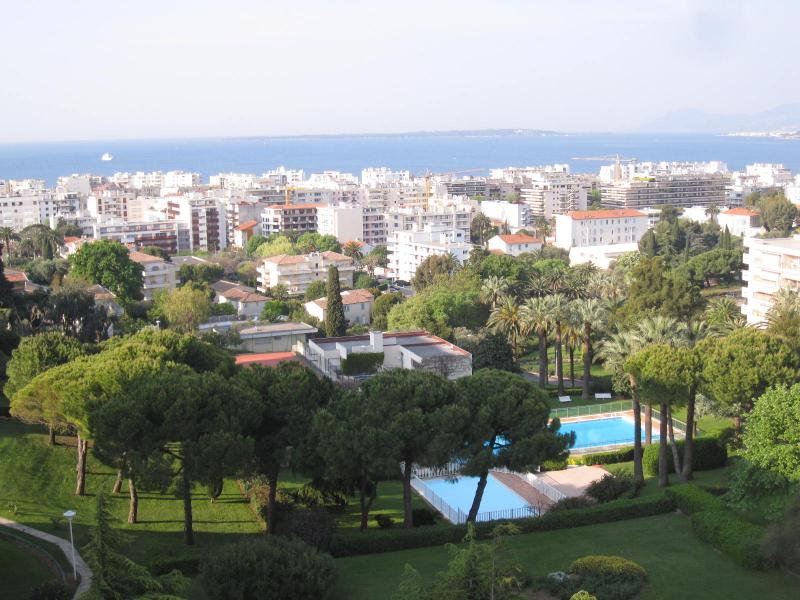 View from the property Location Apartment 68462 Juan les Pins