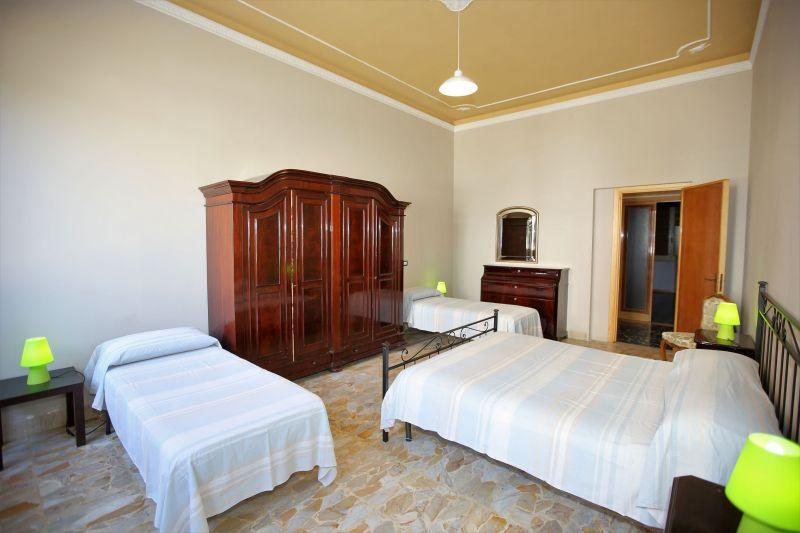 bedroom 1 Location Villa 75699 Avola