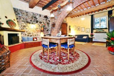 Hall Location Apartment 76139 Lucca