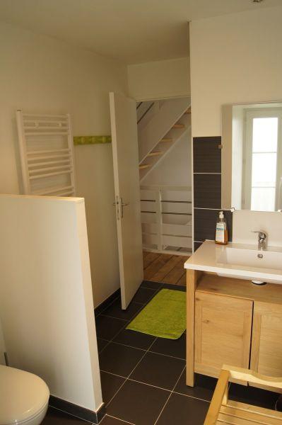 Half bath Location House 90292 Dinan