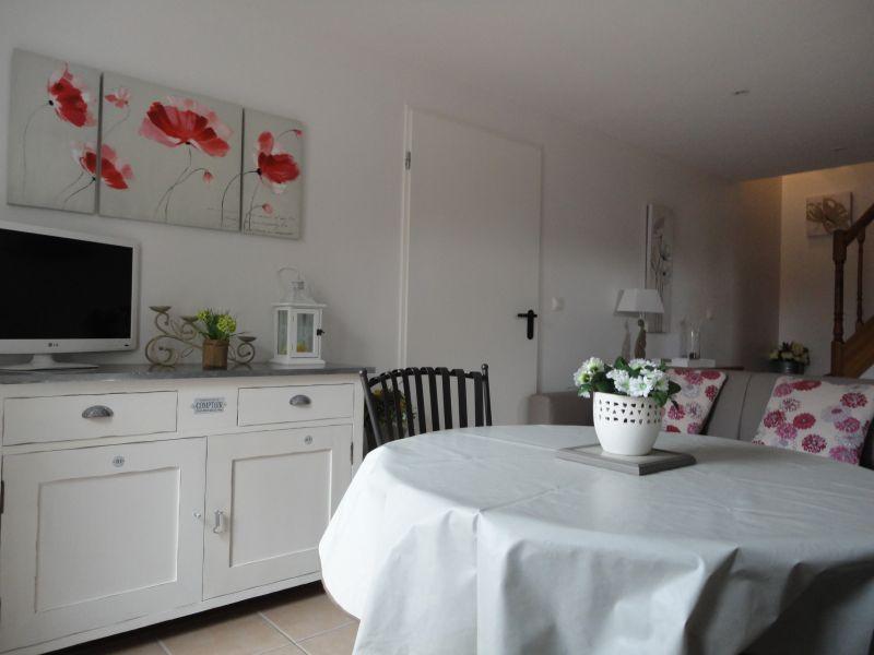 Living room Location Vacation rental 106637 Châteauneuf-de-Gadagne