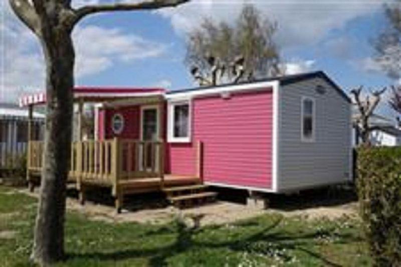 Parking Location Mobile home 107395 Saint Hilaire de Riez