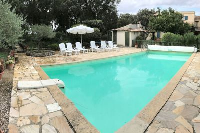 Swimming pool Location Vacation rental 112017