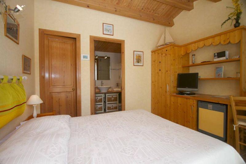 bedroom 3 Location Bed and breakfast 112530 Saint Martin de Ré