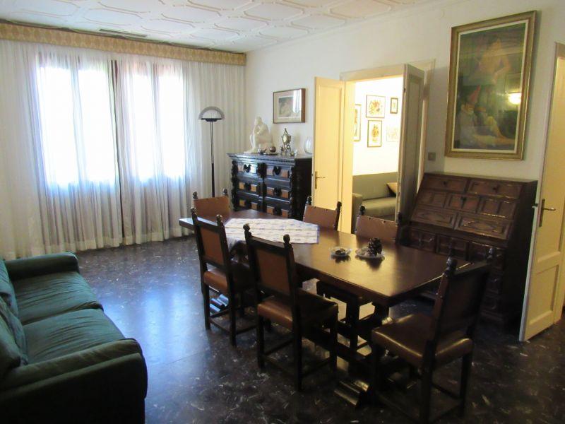 Dining room Location Apartment 118126 Venice