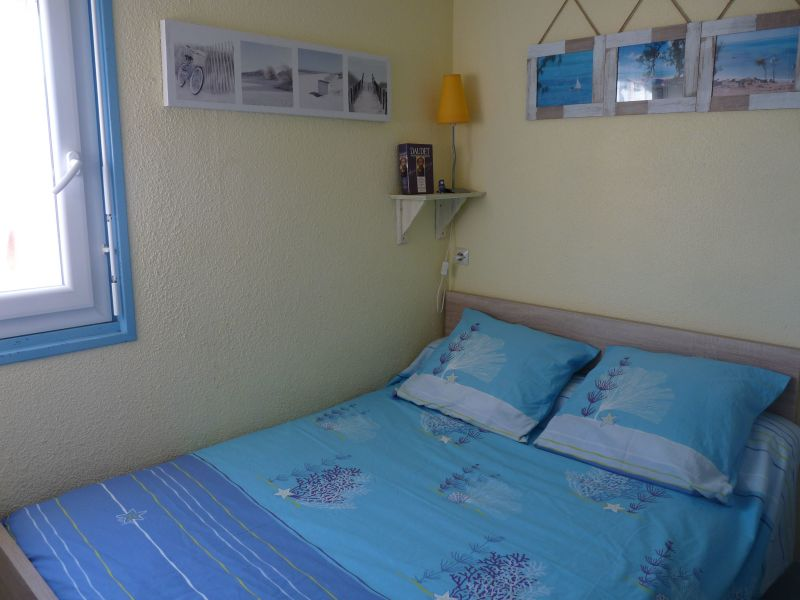 bedroom Location Apartment 118247 Sete