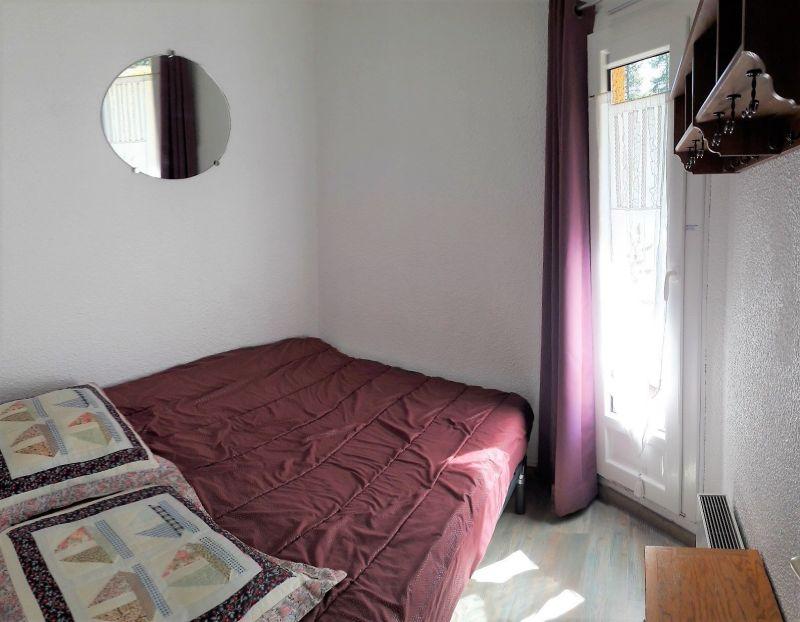 bedroom Location Apartment 65951 Risoul 1850
