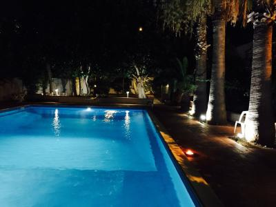 Swimming pool Location Apartment 98815 Mondello