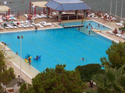 Swimming pool Location Apartment 105251