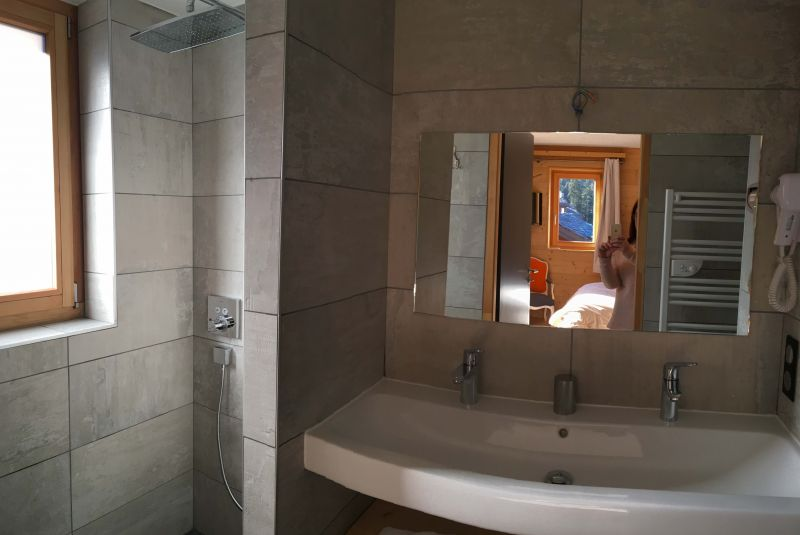 Half bath 4 Location Chalet 106383 Valmorel
