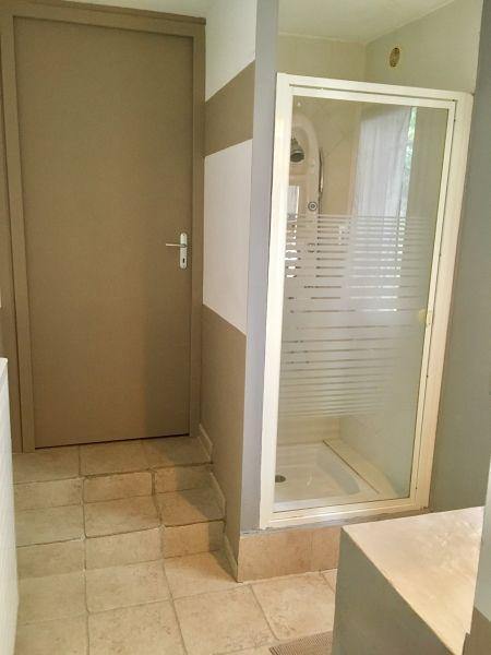 Half bath Location Apartment 111513 Aix en Provence