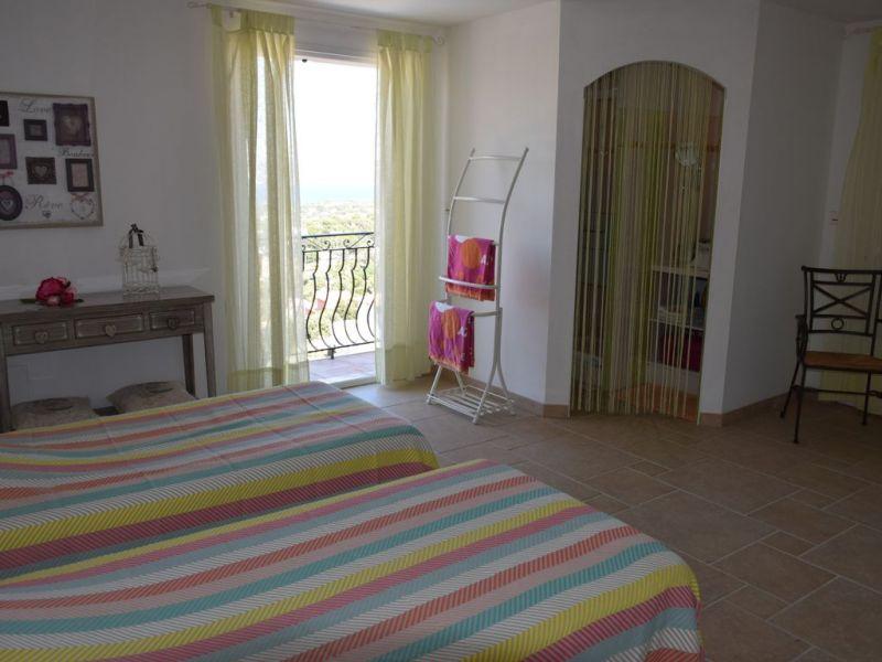 bedroom 3 Location Villa 112812 Saint Aygulf