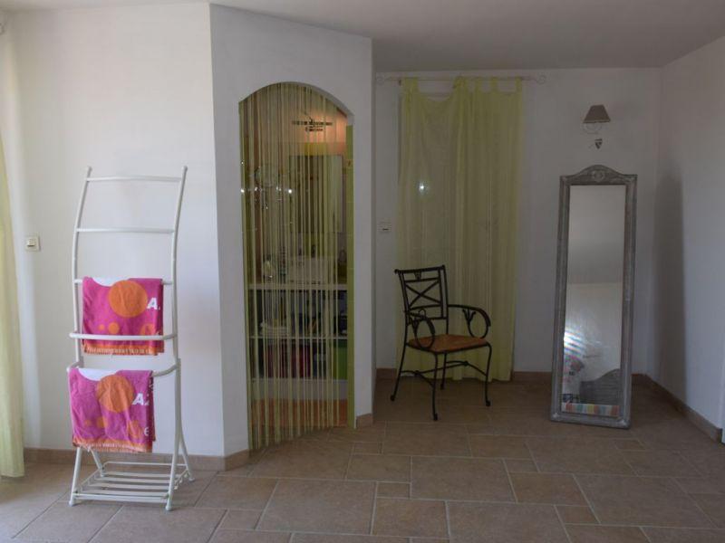 Half bath 1 Location Villa 112812 Saint Aygulf