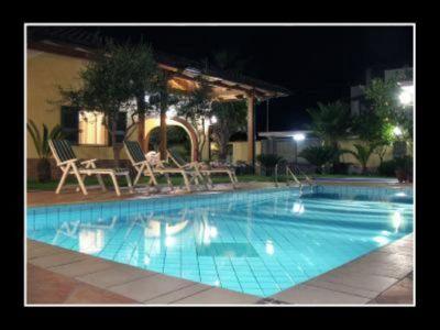 Swimming pool Location Villa 115131 Caserte