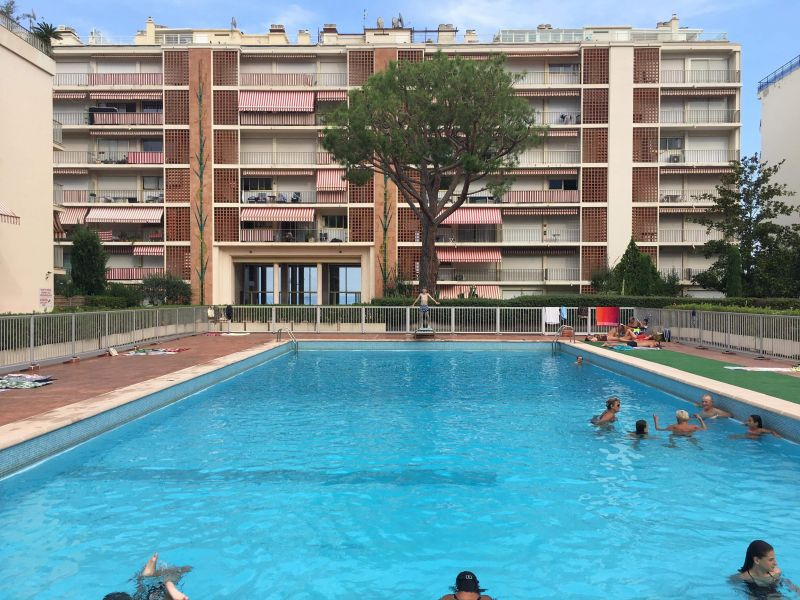 Swimming pool Location Apartment 117152 Menton