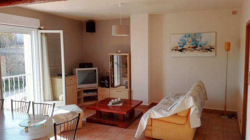 Lounge Location Vacation rental 80424 Isle sur la Sorgue