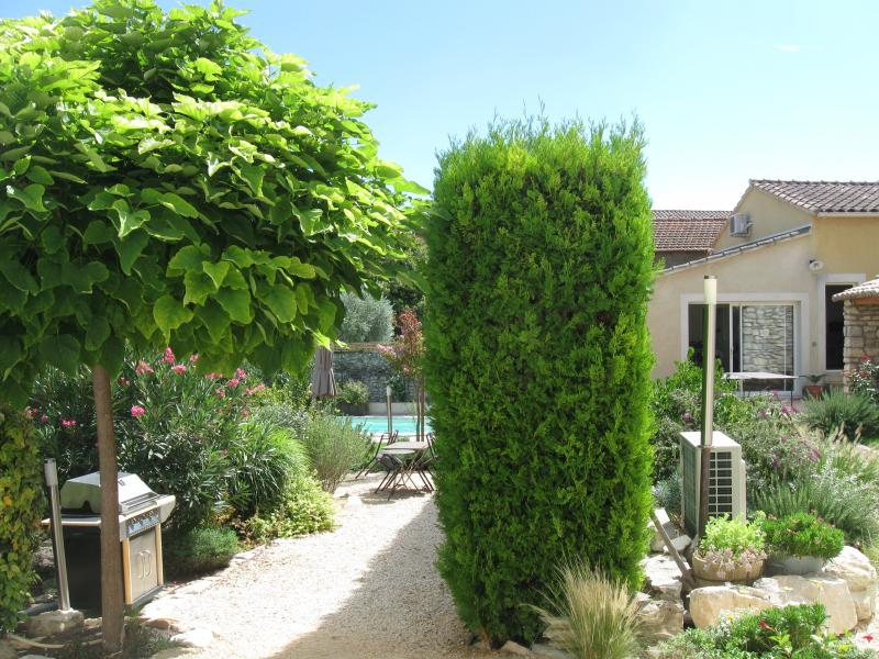View from the property Location Vacation rental 80424 Isle sur la Sorgue