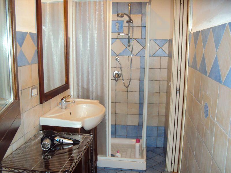 Bathroom w/toilet only Location Apartment 80627 Scopello