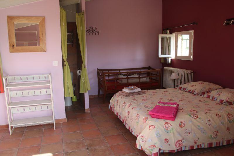 bedroom 4 Location Vacation rental 92429 Isle sur la Sorgue
