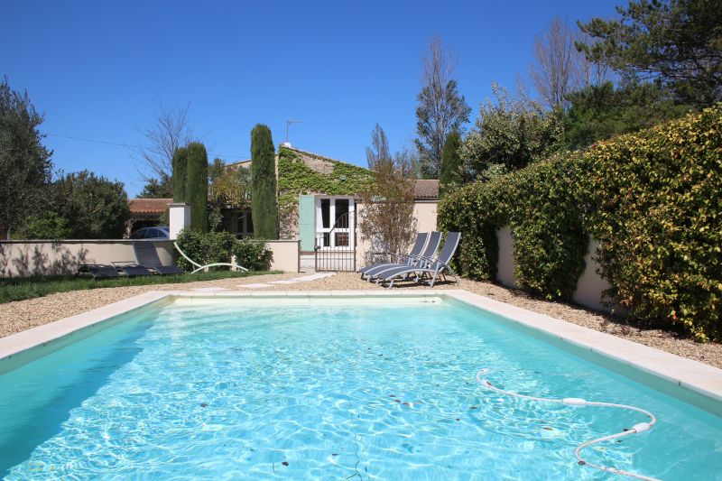 Swimming pool Location Vacation rental 92429 Isle sur la Sorgue