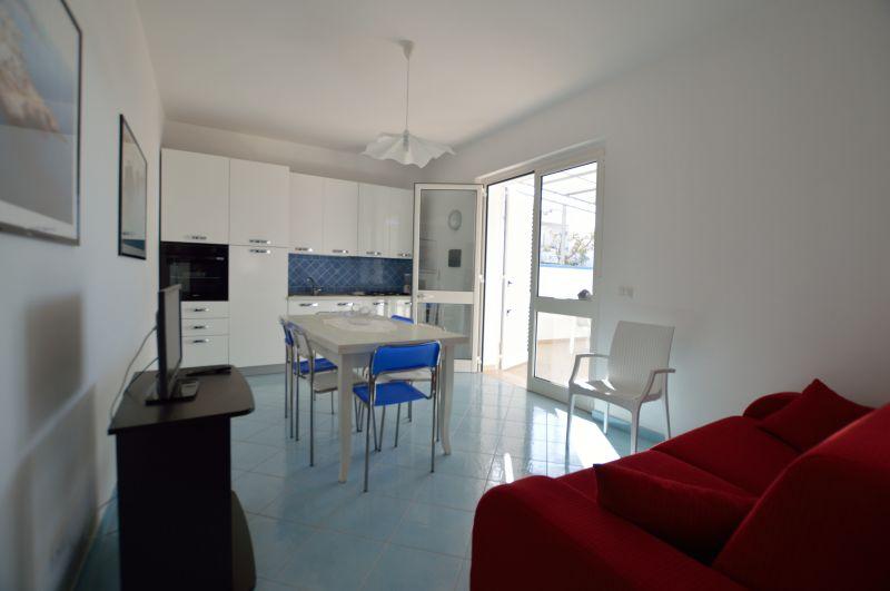 Living room Location Apartment 93208 Torre Vado