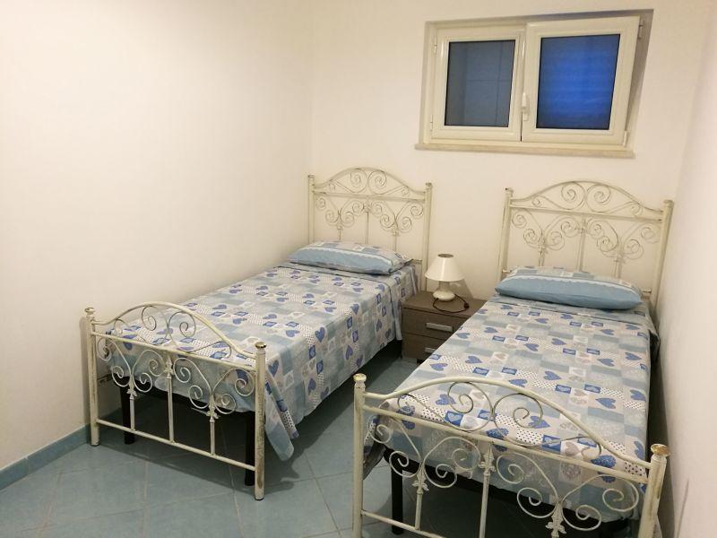 bedroom 2 Location Apartment 93208 Torre Vado