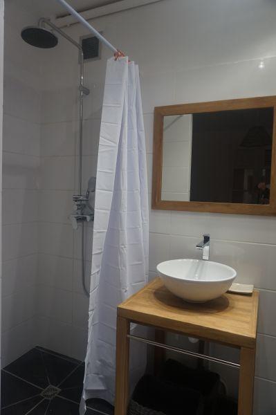 bathroom 4 Location Villa 102539 Saint Francois