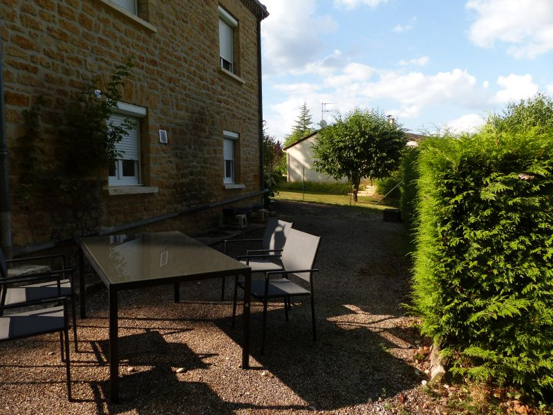 Garden Location Vacation rental 108143 Sarlat