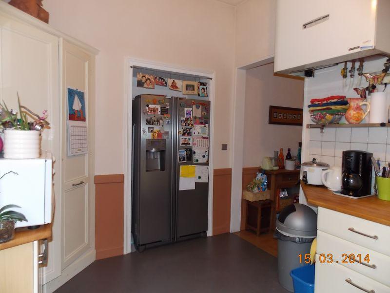 Separate kitchen Location Villa 110595 Lanton
