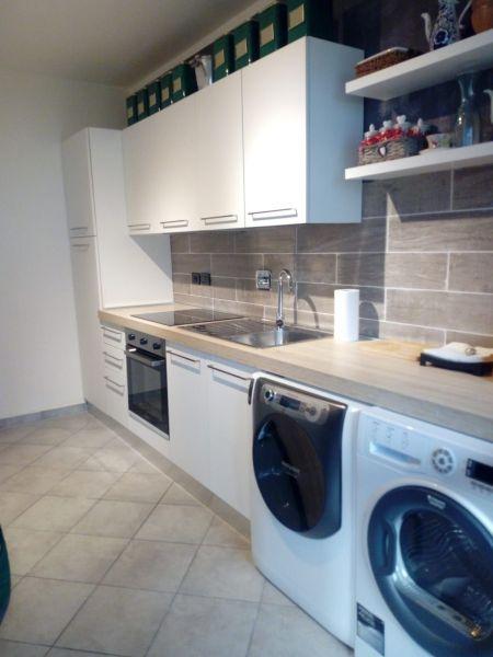 Separate kitchen Location Apartment 115958 Saint Pierre