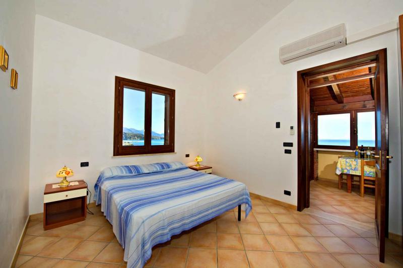 bedroom Location House 67481 Castellammare del Golfo