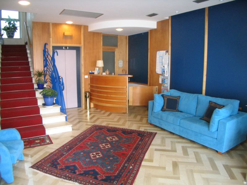 Hall Location Apartment 82196 Cattolica