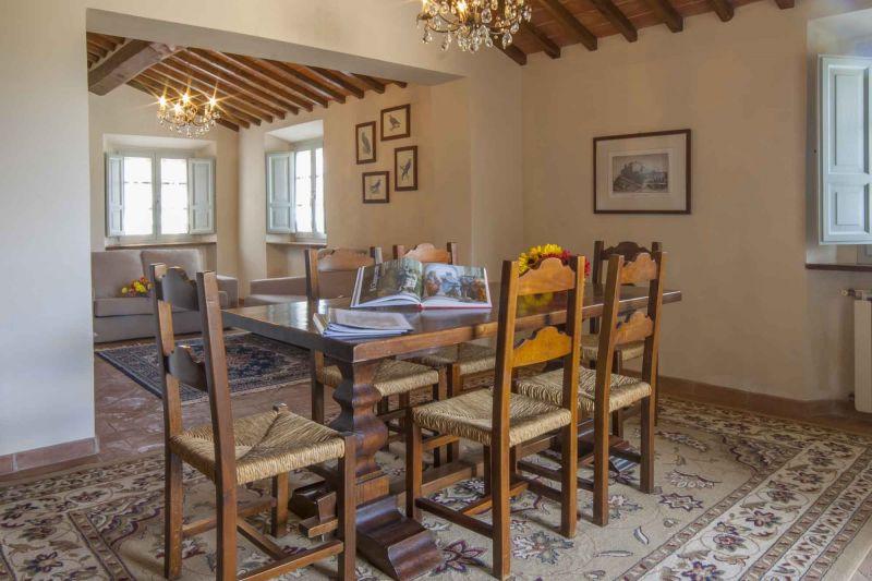Dining room Location Vacation rental 84892 Siena