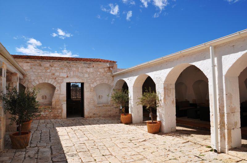 Hall Location Stately home 89049 Polignano a Mare