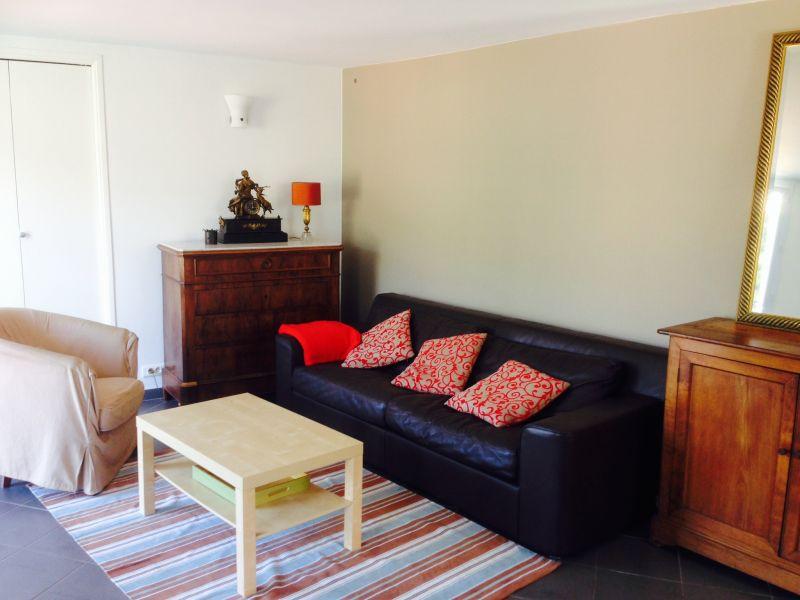Living room Location Apartment 96725 Menton