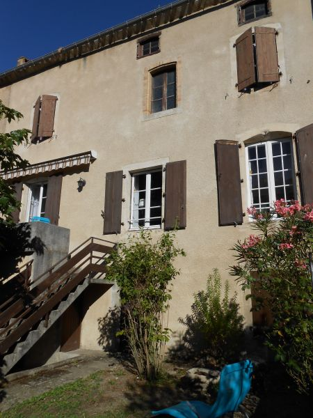 View of the property from outside Location House 100502 Montolieu