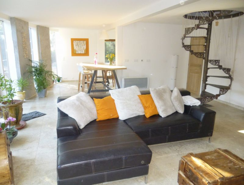 Lounge Location Villa 103577 Nîmes