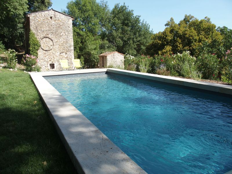Swimming pool Location Vacation rental 108587 Uzès