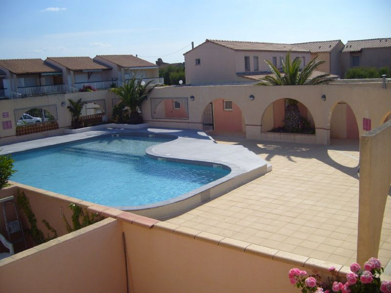 Swimming pool Location House 112317 Frontignan
