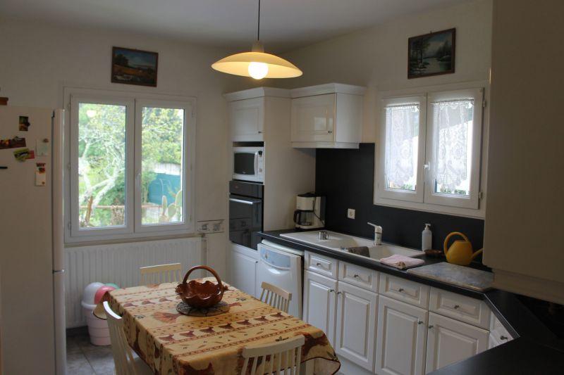 Separate kitchen Location Vacation rental 117149 Alès