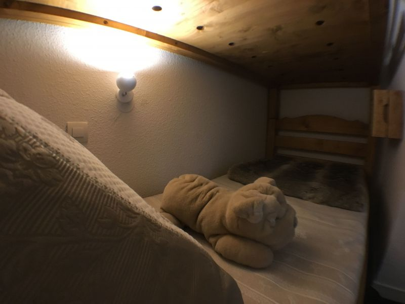 Open sleeping nook Location Apartment 117520 Risoul 1850