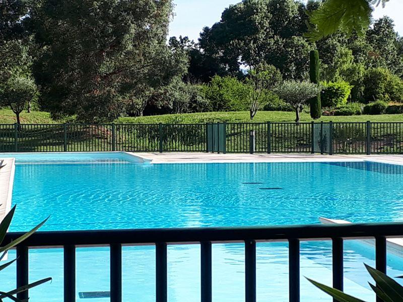 Swimming pool Location Apartment 63966 Fréjus