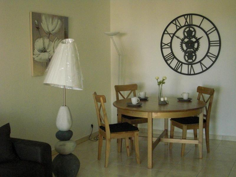 Dining room Location Apartment 63966 Fréjus