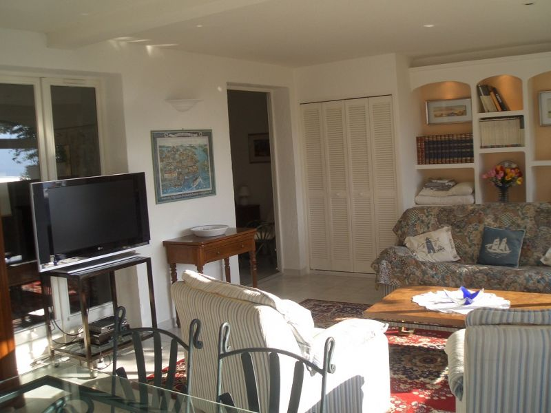 Living room Location Apartment 69976 Nice