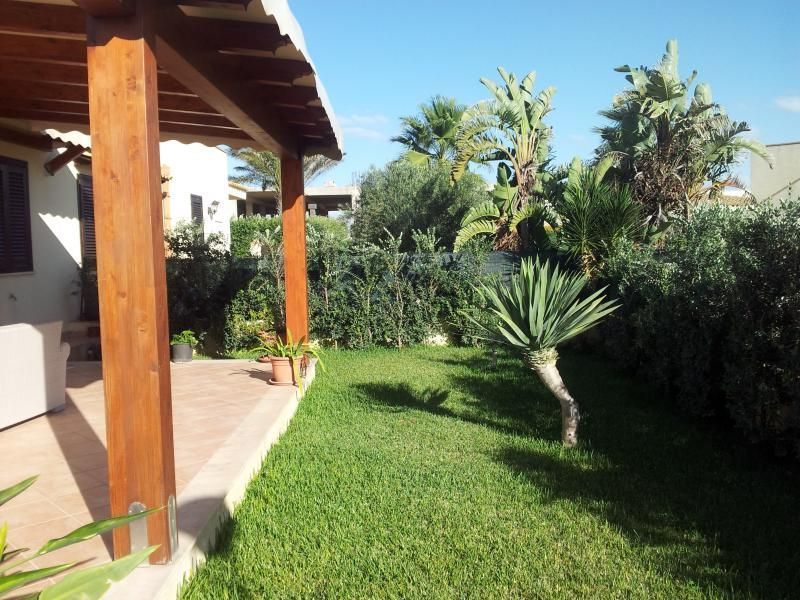 Garden Location Villa 81041 Tre Fontane