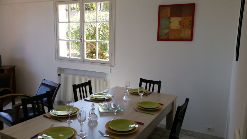 Dining room Location Villa 100556 Golfe Juan