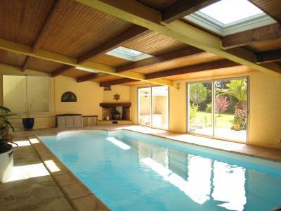 Swimming pool Location House 100720 Avignon