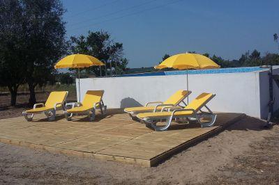 Swimming pool Location Vacation rental 107990 Coruche