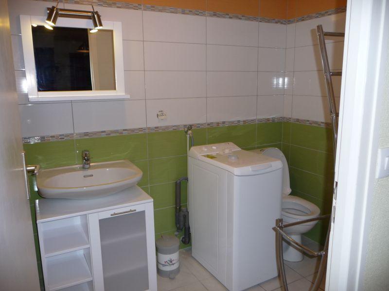 bathroom Location One-room apartment 108306 Thonon Les Bains