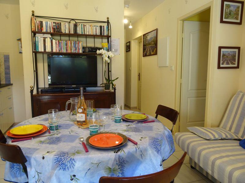 Living room Location Villa 118411 Isle sur la Sorgue